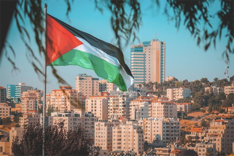 هل يحق للفلسطينيين من حملة وثائق السفر التملك في تركيا؟